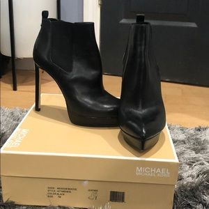 Black Michael Kors Heeled Black booties